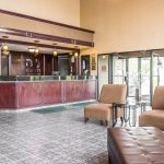 Quality Inn & Suites Airport Hotel, Flint, Michigan