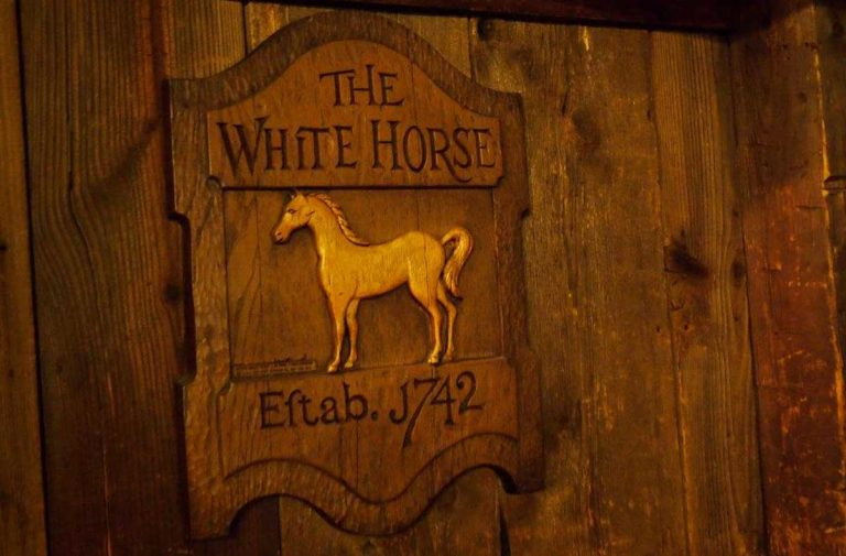 White Horse Tavern, Flint, Michigan