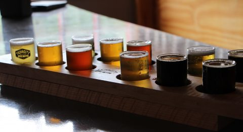 6 Taprooms in Genesee County Perfect for any Wine or Beer Lover