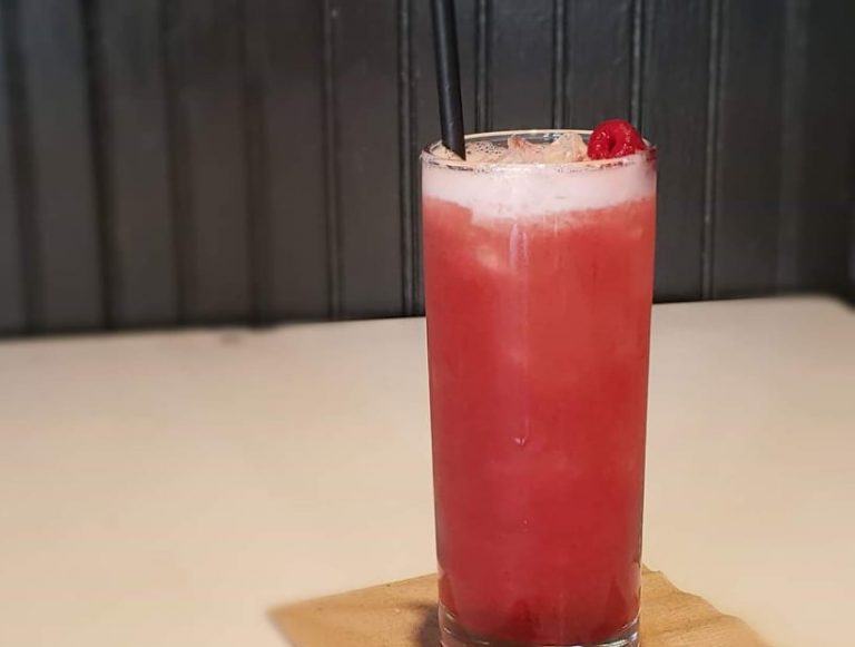 5 Must-Try Craft Cocktail Bars in Flint & Genesee